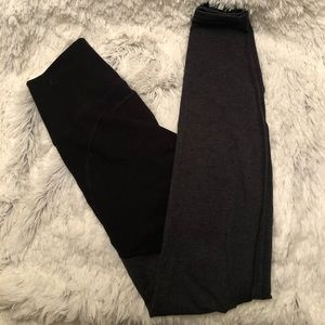 Old Navy Two-Tone Active Leggings